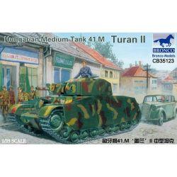 Bronco Models 35123 Bronco Models: 1/35; Hungarian Medium Tank 41.M Turan II