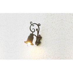LAMPADA A MURO IN FERRO