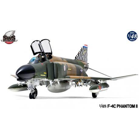 ZOUKEI-MURA  F-4C Phantom II