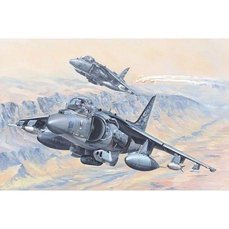 HOBBY BOSS 81804 AV-8B Harrier II