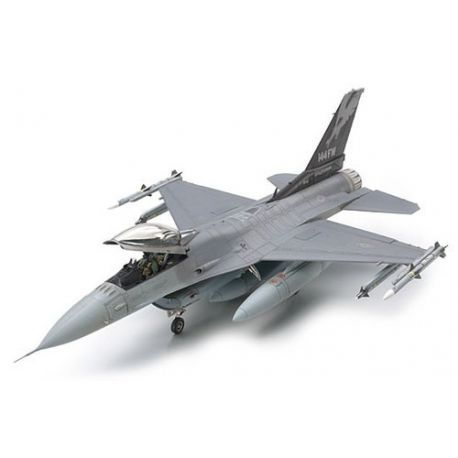 Tamiya 61101 Lockheed Martin F-16C Block 25/32 Fighting Falcon ANG