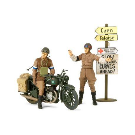 Tamiya 35316 British BSA M20 Motorcycle with Military Police Set