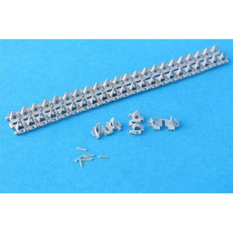 MASTERCLUB 35034 Workable Metal Tracks for T-40 / T-60 / T-70 1:35