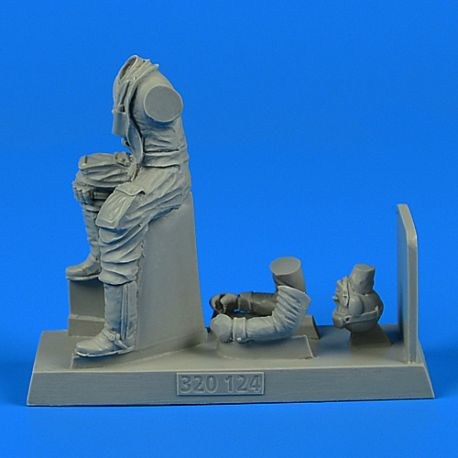 Aerobonus 320124 1/32 Resin German Luftwaffe Pilot WWII with life jacket for Messerschmitt Bf-109