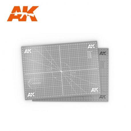 AK INTERACTIVE- SCALE CUTTING MAT A3