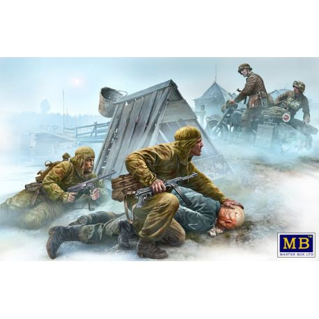 Master Box 35190 Crossroad, Eastern Front, WWII era