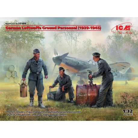 ICM 32109 German Luftwaffe Ground Personnel (1939-1945) (3 figures) 1/32
