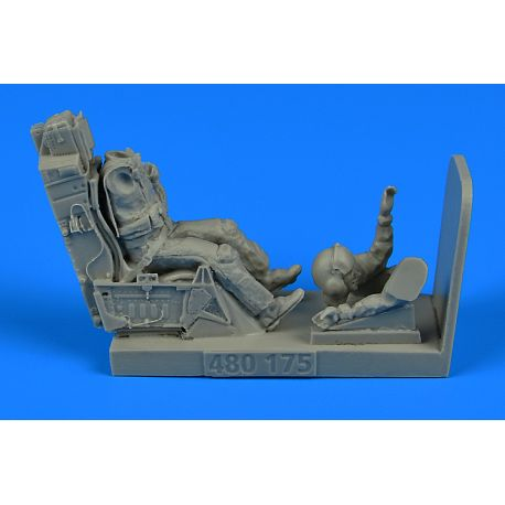 Aerobonus 480175 USAF Fighter Pilot with ejection seat for F-16 Figurines HAS/TAM/ACA/KIN 1/48
