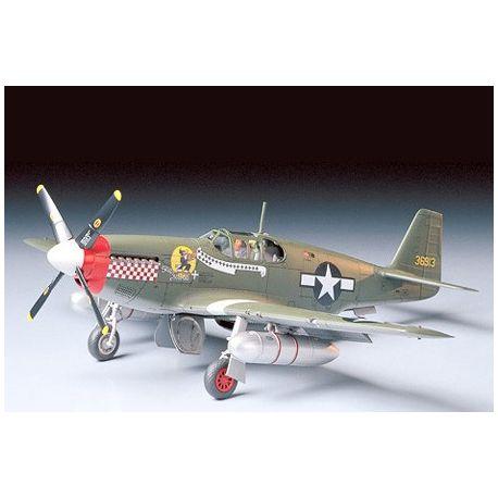 TAMIYA 61042 P-51B Mustang North American 1:48