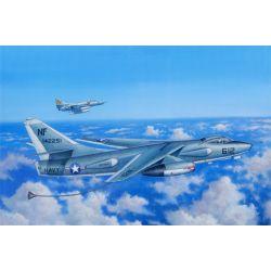 TRUMPETER 02872 EKA-3B Skywarrior