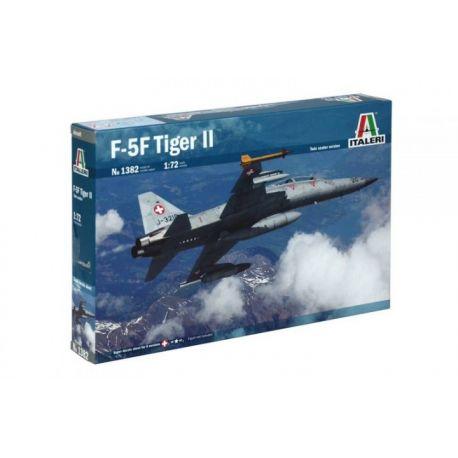 ITALERI 1382 F-5F Tiger II