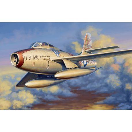 Hobby Boss 81726 F-84F Thunderstread