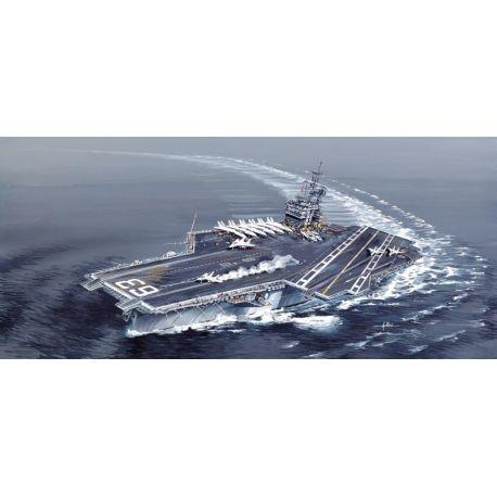 ITALERI 5522 USS Kitty Hawk CV - 63 1/720