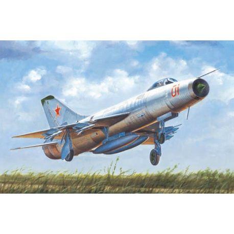 TRUMPETER 02896 Soviet Su-9 Fishpot